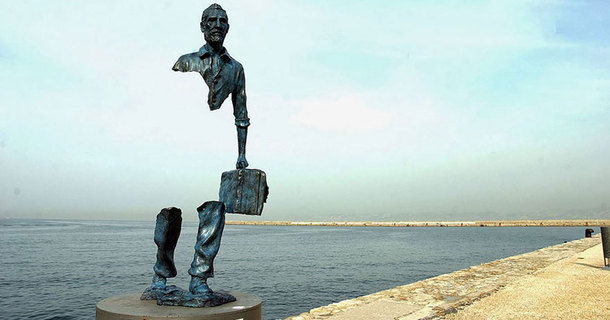 The World's 20 Most Awesome Statues